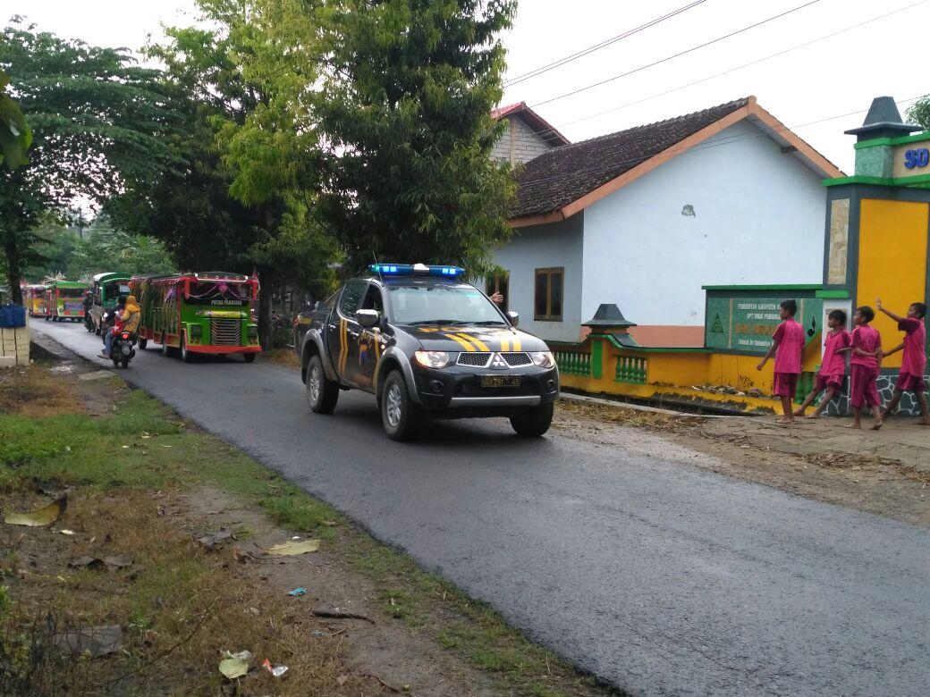 Polsek Gunem Rembang Kawal Karnaval Tk Dan Paud Se Kecamatan Gunem