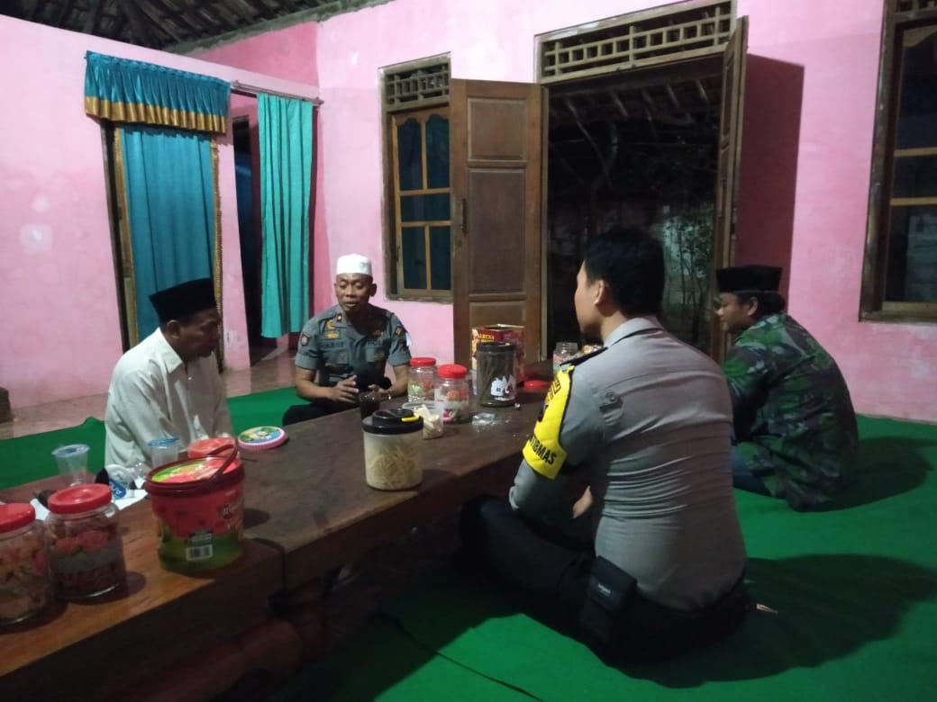 Jalin Silaturahmi Kamtibmas Kapolsek Gunem Rembang Berkunjung Di